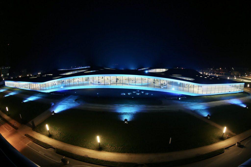 Rolex Learning Center, de nuit © Alain Herzog / EPFL 2007